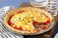 Mom's Tomato Pie -- Southerners may take their iced tea sweet, but anything goes when it comes to pie. This savory recipe features fresh tomatoes plus sweet onions and melty cheese. Kraft Recipes, Pie Recipes, Vegetable Recipes, Cooking Recipes, Vegetable Entrees, Quiche Recipes, Empanadas, Brunch, Kitchens