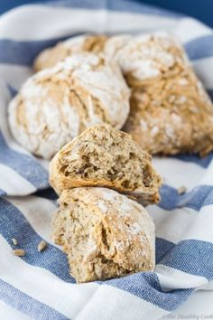 Κριθαρένιο ψωμί με σπόρους δίχως ζύμωμα | Άρθρα | Bostanistas.gr : Ιστορίες για να τρεφόμαστε διαφορετικά