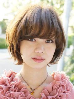 Résultats Google Recherche d'images correspondant à http://trendyshorthaircuts.com/wp-content/uploads/2012/04/Short-Japanese-Haircut-2012.jpg