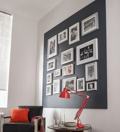 Cadres encadrés Un mur de cadres dans un cadre de peinture pour créer un effet graphique surprenant. http://www.castorama.fr/store/pages/idees-decoration-facile-mur-cadres.html