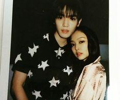 Taeyong x Jennie Korean Age, Kpop Couples, Wattpad, Step Brothers, Blackpink Fashion, Lee Taeyong, N Girls, Blackpink Jennie, Lovey Dovey