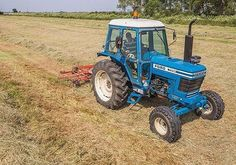 Check out this very nice Ford 7700 - photo @farmingphotos #johndeere #masseyferguson #newholland #fendt #farmer #farming #agricultura #harvest #international #caseih #ford #tractor #farm #agriculture #countrylife #machine #diesel #country #trecker #blue #countrylife #ferguson #traktor #trekker #design #combine #horse #4wd #oldtractor #farmall