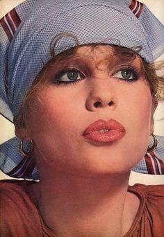 Photo Irving Penn Model Rosie Vela Vogue 1976