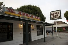Damn fine burgers and apple pie. West Los Angeles, CA Broadway Shows, Apple, Usa, U.s. States, Apples