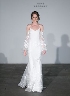 5 Wedding Dress Trends Every 2018 Bride Will Be Wearing