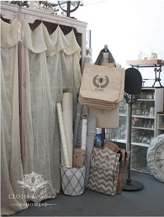 Farmers Market Display, Flea Market Booth, Craft Storage Solutions, Antique Mall Booth, Mobiles, Store Displays, Market Displays, Vendor Booth, Lotus