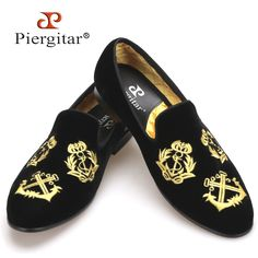 118.00$  Buy now - http://aliaz0.worldwells.pw/go.php?t=32692079812 - Piergitar new style Handmade Men Velvet shoes with luxurious embroidery Leather and Satin lining Party and Banquet Men Loafers 118.00$