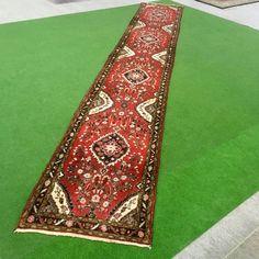 Catawiki Online-Auktionshaus: Lillian, Iran, 562 x 85 cm Iran, Bohemian Rug, Rugs, Home Decor, Bold Colors, Persian Carpet, Classic, Patterns, Farmhouse Rugs