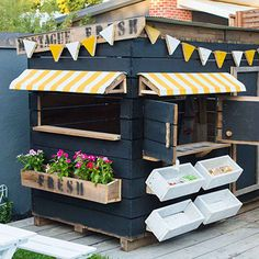 Bling out your custom Castle & Cubby Melbourne creation with our range of incredible colourful cubby house accessories Australia wide. Discover them here.