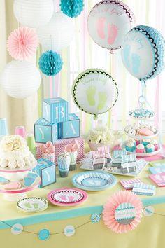 Azul, rosado y verde como paleta de colores para baby shower. #DecoracionBabyShower