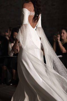 NY Bridal Week: Rime Arodaky Fall 2018 Bridal / Photo: The LANE