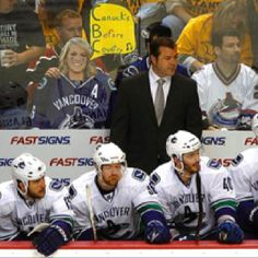 Underwood a Canuck fan