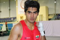 India's star boxer Vijender Singh will face Gillen of England in the second round of pro boxing Bout.