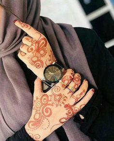 Dpz for girls Mehndi Design Photos, Mehndi Images, Mehndi Designs, Muslim Women Fashion, Arab Fashion, Cute Girl Face, Cute Girl Photo, Hijabi Girl, Girl Hijab