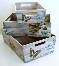 Super furniture from wooden crates Decoupage Vintage, Shabby Vintage, Decoupage Box, Shabby Chic, Vintage Decor, Wood Crafts, Diy And Crafts, Decoration Shabby, Altered Boxes