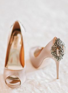 pinterest.com/fra411 #Shoes. Badgley Mischka.