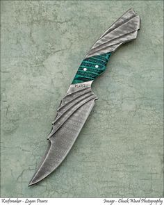 Mako, Winged Series Knife from Pearce Knives.