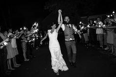Folk rustic wedding in Oregon - www.bohodaydreams.com