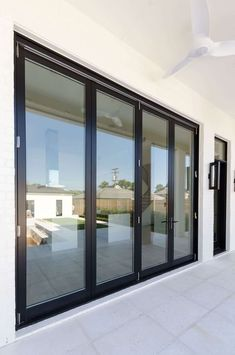 Weather Shiled Windows Jet Black aluminum clad exterior with primed wood interior Black Windows Exterior, Interior Windows, Exterior Doors, Aluminium Door Design, Aluminium Windows, Aluminum Windows Design, Modern Windows, Modern Door, Window Glass Design