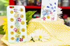 Change up your phone case with a DIY Pressed Flower Case! For more stylish DIYs, watch Home & Family weekdays at 10a/9c on Hallmark Channel!