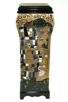 Gustav Klimt Design Möbel Pisa, Water Bottle, Collection, Design, Furniture, Art, Accessories, Art Nouveau, Dresser