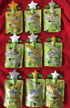 Preschool snack for holiday party. Washi tape, foam … Christmas trees with applesauce. Preschool snack for holiday … Christmas Party Snacks, School Christmas Party, Toddler Christmas, Christmas Goodies, Holiday Parties, Christmas Holidays, Christmas Classroom Treats, Xmas Party, Preschool Christmas Gifts For Classmates
