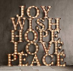cool 53 Inspiring Marquee Signs Ideas For Christmas Décoration  https://about-ruth.com/2017/11/03/53-inspiring-marquee-signs-ideas-christmas-decoration/