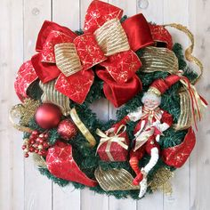 Chrismas Wreath Designer Holiday wreath by SignsStuffnThings