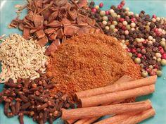 Lawry's salt, Bay seasoning, 5 spice powder, rubs, TONS of make your own seasoning mixes recipes. Homemade Spices, Homemade Seasonings, Spice Blends, Spice Mixes, Five Spice Recipes, 5 Spice Powder, Chinese Five Spice Powder, Sauces, Authentic Chinese Recipes
