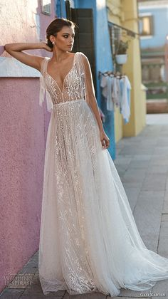 gali karten 2018 bridal spaghetti strap deep sweetheart neckline full embellishment romantic soft a line wedding dress open scoop back sweep train mv -- Gali Karten 2018 Wedding Dresses Source by Dresses Western Wedding Dresses, Elegant Wedding Dress, Designer Wedding Dresses, Bridal Dresses, Wedding Gowns, Lace Wedding, Vestidos Vintage, Dress First, Beautiful Gowns