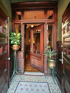 Victorian Parlor Doors & My Picture Picks Of The Week Pierpont Morgan Library Museum . House Design, Victorian Decor, Home, Victorian Homes, Interior Architecture, Foyer Decorating, Victorian Architecture, Old Houses, Victorian Interiors