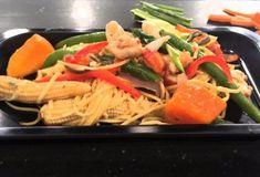 Γαρίδες με νουντλς (noodles)-featured_image Food Categories, Chinese Food, No Cook Meals, Thai Red Curry, Noodles, Spaghetti, Pasta, Fish, Chicken
