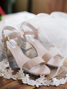 Classic nude shoes: http://www.stylemepretty.com/2016/05/27/red-boho-style-ranch-wedding/ | Photography: Carmen Santorelli - http://carmensantorellistudio.com/