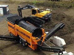 RC MOBILE SORTING MACHINE DOPPSTADT AT THE CONSTRUCTION SITE