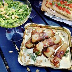 Enkelt tilltugg med halloumi, bacon och dillpesto gör succé till fördrinken eller till fredagsmyset!