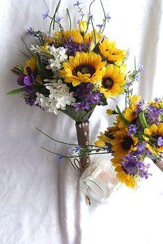Brilliant Sunflower Wedding Bouquets For Happy Wedding ❤ See more: http://www.weddingforward.com/sunflower-wedding-bouquets/ #weddings
