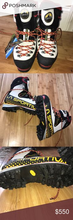 🆕in📦la sportiva nepal cube gtx. price firm! 40.5 Gore-Tex waterproof and breathable membrane Idro-Perwanger Roughout leather upper Air-injected rubber rand Lace closure Gore-Tex Insulated Comfort lining Carbon Tech honeycomb insulated footbed 4mm EVA insole Polyurethane midsole Re-soleable Vibram sole with Impact Brake System Step-in crampon compatible. NEVER WORN,  comes in box with tags, runs small-please check la sportiva's size chart. for reference-i'm a 38 and 40.5 was perfect for…