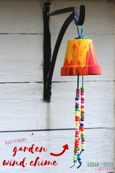 17 Super Fun Kids Garden Projects to Pursue in Spring | Homesthetics - Inspiring ideas for your home. Kids Garden Crafts, Arts And Crafts For Kids For Summer, Camping Crafts For Kids, Plant Crafts, Diy Projects For Kids, Vbs Crafts, Diy Garden Ideas For Kids, Diy Garden Projects, Diy For Kids