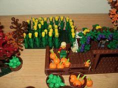Corn maze = 2 stalks and 1 yellow round brick (Pick a Brick)