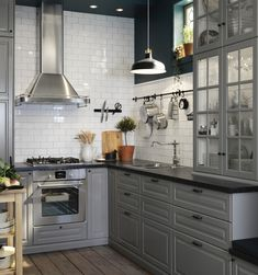 Ikea catalog for 2018 – Check the best ideas … – Modern Bedroom Decoration Modern Grey Kitchen, Grey Kitchens, Modern Kitchen Design, Interior Design Kitchen, Home Kitchens, Kitchen Decor, Kitchen Sink, Bodbyn Kitchen Grey, Ikea Metod Kitchen