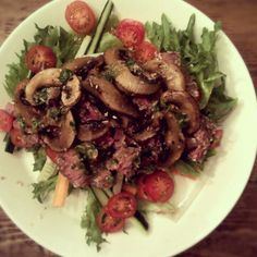 Sesame beef with mushrooms and asian dressing