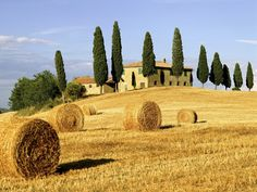 tuscan homes | Farmhouse in tuscany