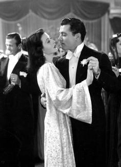Hedy Lamarr in the arms of Tony Martin for Ziegfeld Girl Old Hollywood Glamour, Vintage Hollywood, Classic Hollywood, In Hollywood, Hedwig, Tony Martin, Ziegfeld Girls, Hedy Lamarr, Vintage Movies