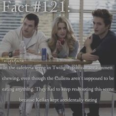 """800 Synes godt om, 3 kommentarer – Twilight Facts (@twilightfactss) på Instagram: """"~ Avengers Fun Fact: Robert Downey Jr. would hide snacks around the set of the Avengers and the…"""""""