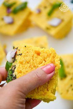 Mohanthal recipe video how to make mohanthal recipe yummy cook rezepte gujarati khaman dhokla in 2 styles mygingergarlickitchen gujarati recipesin stylefood forumfinder Images