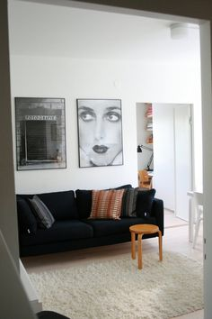 Finnish apartment decorated in black & white/ Apartament finlandez amenajat in alb si negru Green Apartment, Apartment Living, Apartment Therapy, The Colony Hotel, Global Home, Black And White Prints, Black White, At Home Store, Decoration
