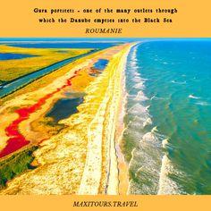 L'endroit où La Mer Noire rencontre le Danube Prenez un séjour en Roumanie et découvre des endroit unique. Danube Delta, Black Sea, Waves, Unique, Green, Outdoor, Us National Parks, Romania, Dating