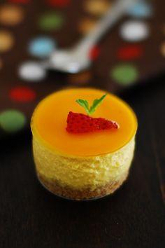 Eggless No Bake Mango Cheesecake