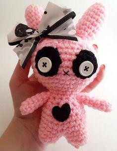 creepy cute zombie bunny chibi doll crochet pattern - lauriegorexx @ Etsy