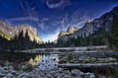 Frosty morning in Yosemite | Discovered from Dream Afar New Tab